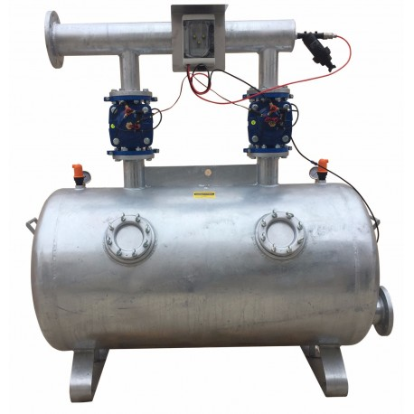 Dual chamber sand media filter with automatic backwash